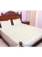 Ivory Bedspread with Ikat Weave Hand-Woven in Pochampally