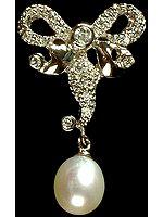 Designer Pendant with Dangling Pearl