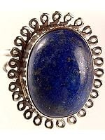 Oval Finger Ring of Lapis Lazuli