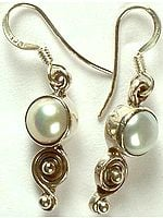 Pearl Earrings with Spiral