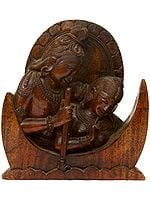 Shiva Parvati on Crescent