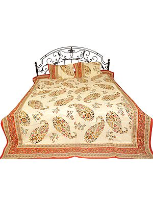 Sanganrei Bedspread with Floral Printed Paisleys