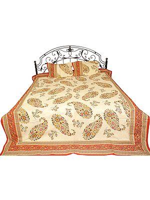 Sanganrei Bedspread with Floral Printed Paisleys
