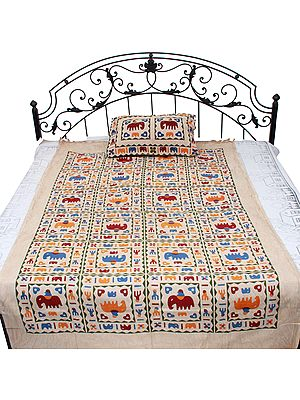 Bleached-Sand Gujarati Single-Bed Bedspread with Printed Stylized Elephants