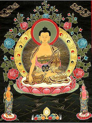 Shakyamuni Buddha with His Two Chief Disciples Shariputra and Maudgalyayana (Tibetan Buddhist)