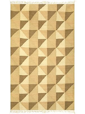 Mojave-Dessert Carpet with Blocks Knotted in Self