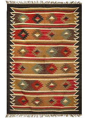 Castlerock Handloom Dhurrie with Kilim-Knotted Motifs