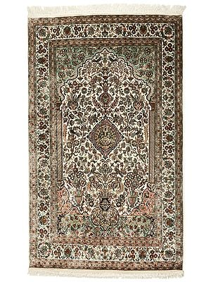 "70"" x 49"" Beige Handmade Pure Silk on Silk Superfine Carpet from Kashmir"