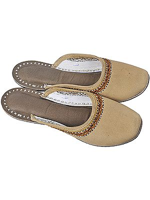 Plain Slippers with Ari Embroidery on Edges