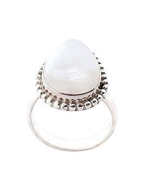 Paan Shape Sterling Silver Ring with Rainbow Moonstone