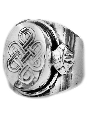 Endless Knot (Ashtamangala) Ring