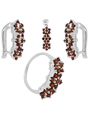Faceted Garnet  Pendant, Earrings and Ring Set