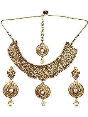 Mughal Bridal chokar Set With Mang Tika