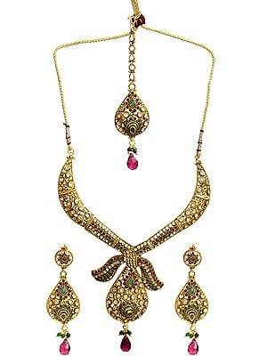 Faceted Ruby and Green Polki Necklace Set with Earrings and Mang Tika