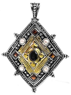 Rhombus Pendant with Faceted Gems (Garnet, Pearl and Black Spinel)