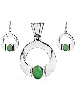 Green Onyx Pendant with Earrings Set