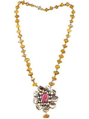 Floral Agate Necklace with Kundan and Mother of Pearl