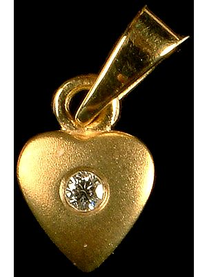 Finely Crafted Valentine Pendant with Diamond