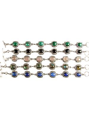 Lot Five Gemstone Bracelets (Malachite, Black Onyx, Rose Quartz, Labradorite and Lapis Lazuli)