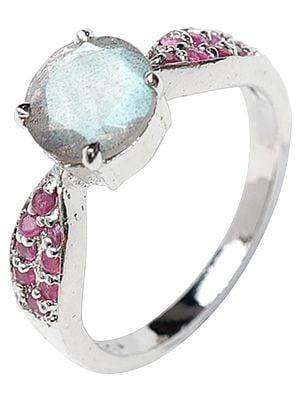 Labradorite Ring with Ruby