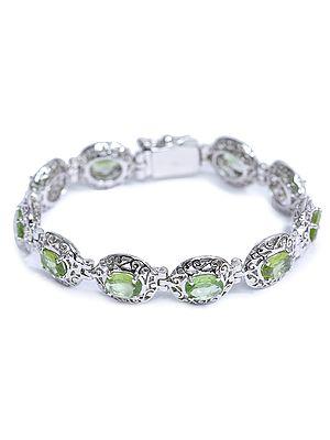 Superfine Peridot Bracelet with Lattice