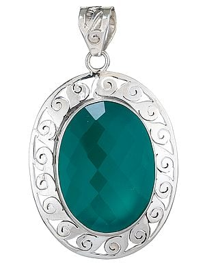 Faceted Green Onyx Pendant with Lattice