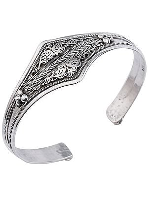 Filigree Cuff Bracelet with Twisted Rope Design from Nepal (Adjustable Size)