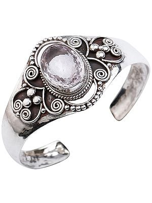 Beautifully Crafted Silver Bracelet Cuff Bracelet with Oval Cut Amethyst from Nepal (Adjustable Size)