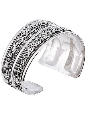 Assymetric Filigree Cuff Bracelet with Twisted Rope Design from Nepal (Adjustable Size)