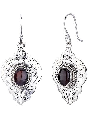Jali (Lattice) Earrings with Garnet