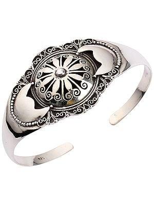 Sterling Silver Emboss Flower Bracelet (Adjustable Size)