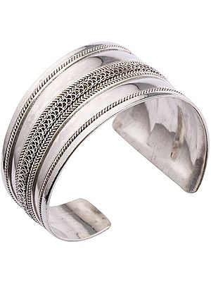 Assymetric Filigree Cuff Bracelet with Twisted Rope Design (Adjustable Size)