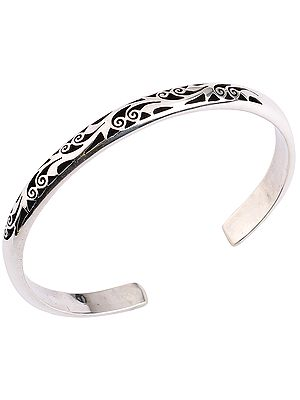 Grapevine Design Cuff Bracelet from Nepal (Adjustable Size)
