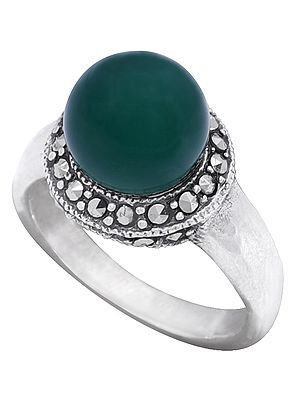 Sterling Silver Ring Studded with Green Onyx Stone