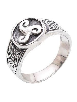 Antique Designer Sterling Silver Ring