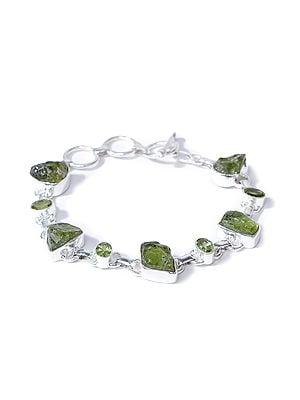Stylish Bracelet with Rugged Stones