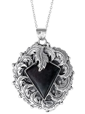 Sterling Silver Leafy Designer Pendant with Agate Stone