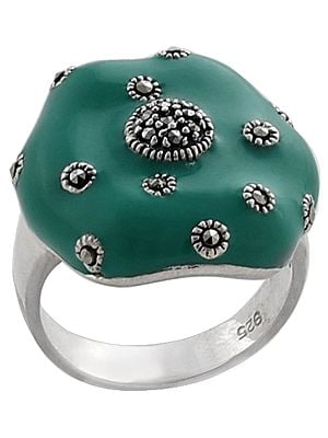 Superfine Green Colored Tiny Marcasite Stone Ring Made in Sterling Silver