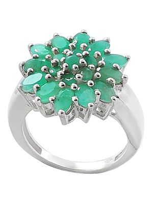 Sterling Silver Ring with Emerald Stone