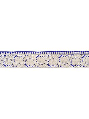 Surf-the-Web Wide Border with Embroided Flowers