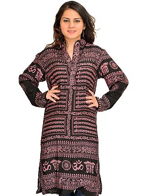 Black and Lilac Printed Kurti with Sri Ram Jai Ram Jai Jai Ram Mantra