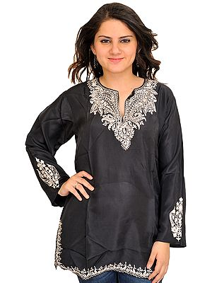 Kurti from Kashmir with Ari Embroidered Paisleys