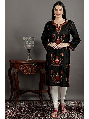 Silk Kurti from Kashmir with Ari Embroidery by Hand