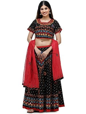 Bandhani Lehenga Choli from Jaipur with Thread Embroidered Flowers and Mirrors