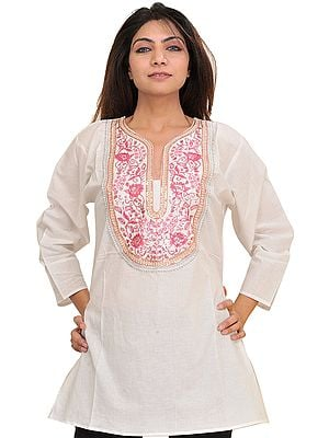 Egret-White Kurti with Embroidered Patch and Sequins on Neck