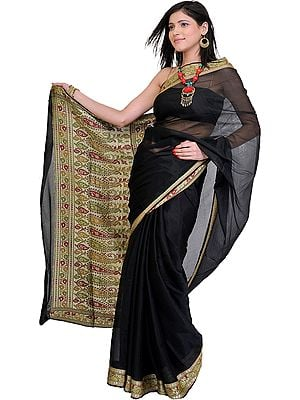Plain Banarasi Sari with Hand Woven Meenakari Border and Aanchal