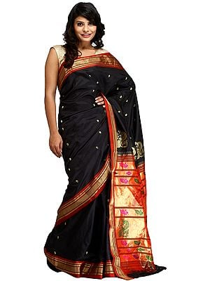 Black and Golden Paithani Sari with Zari-Woven Peacocks and Brocaded Aanchal