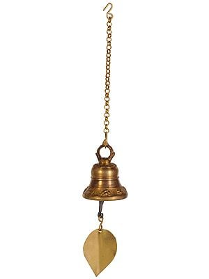 Hanging Bell with Leaf