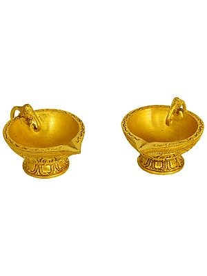 Puja Puja Diya with Elephant Handle (Price Per Pair)