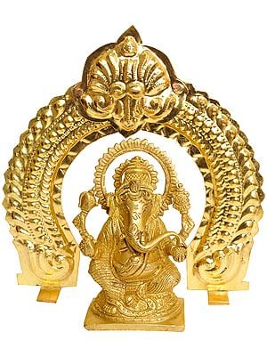 Lord Ganesha with Arch (Thiruvatchi)